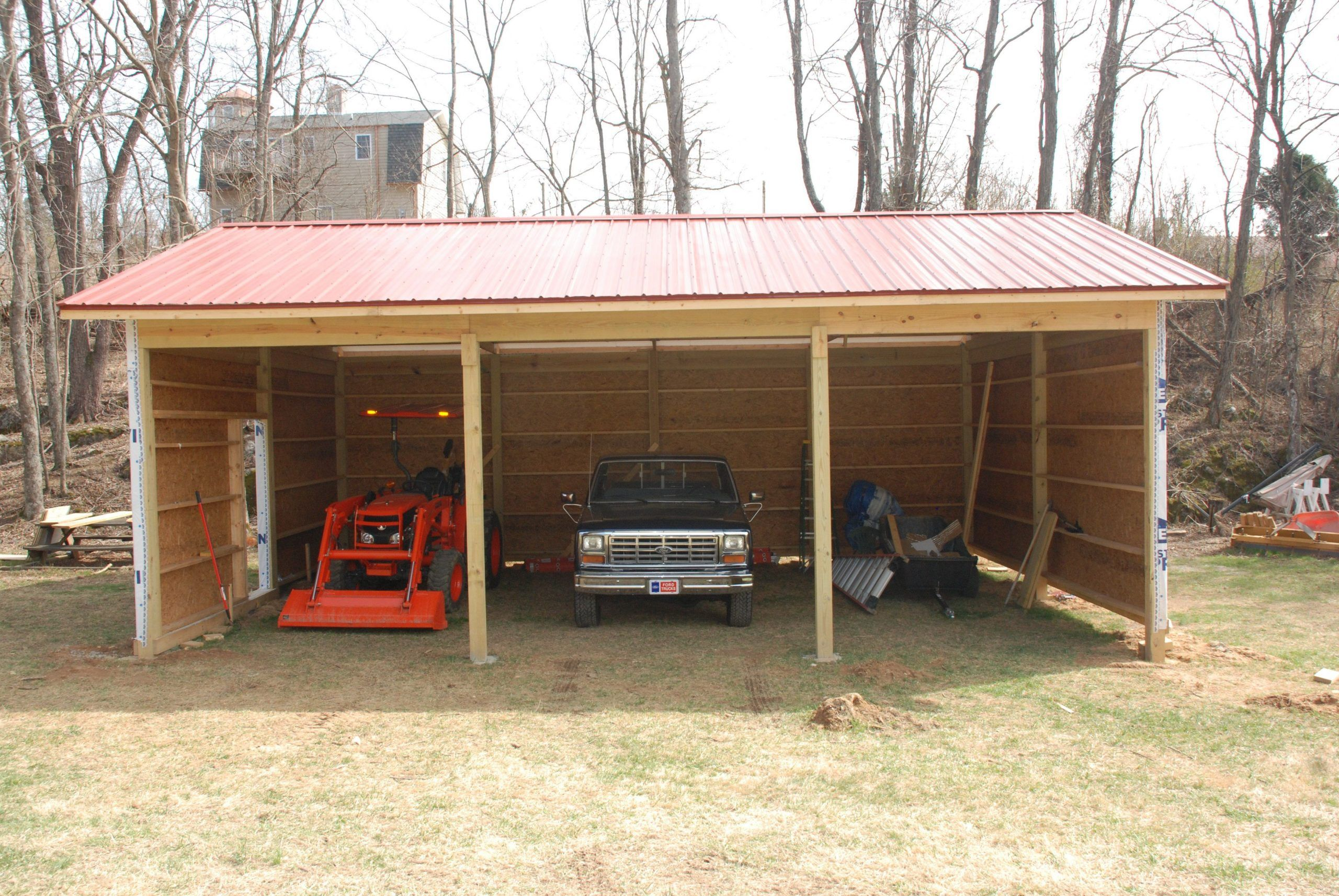 Building a Pole Barn – Redneck DIY - https://bingefashion.com/home #polebarnhomes