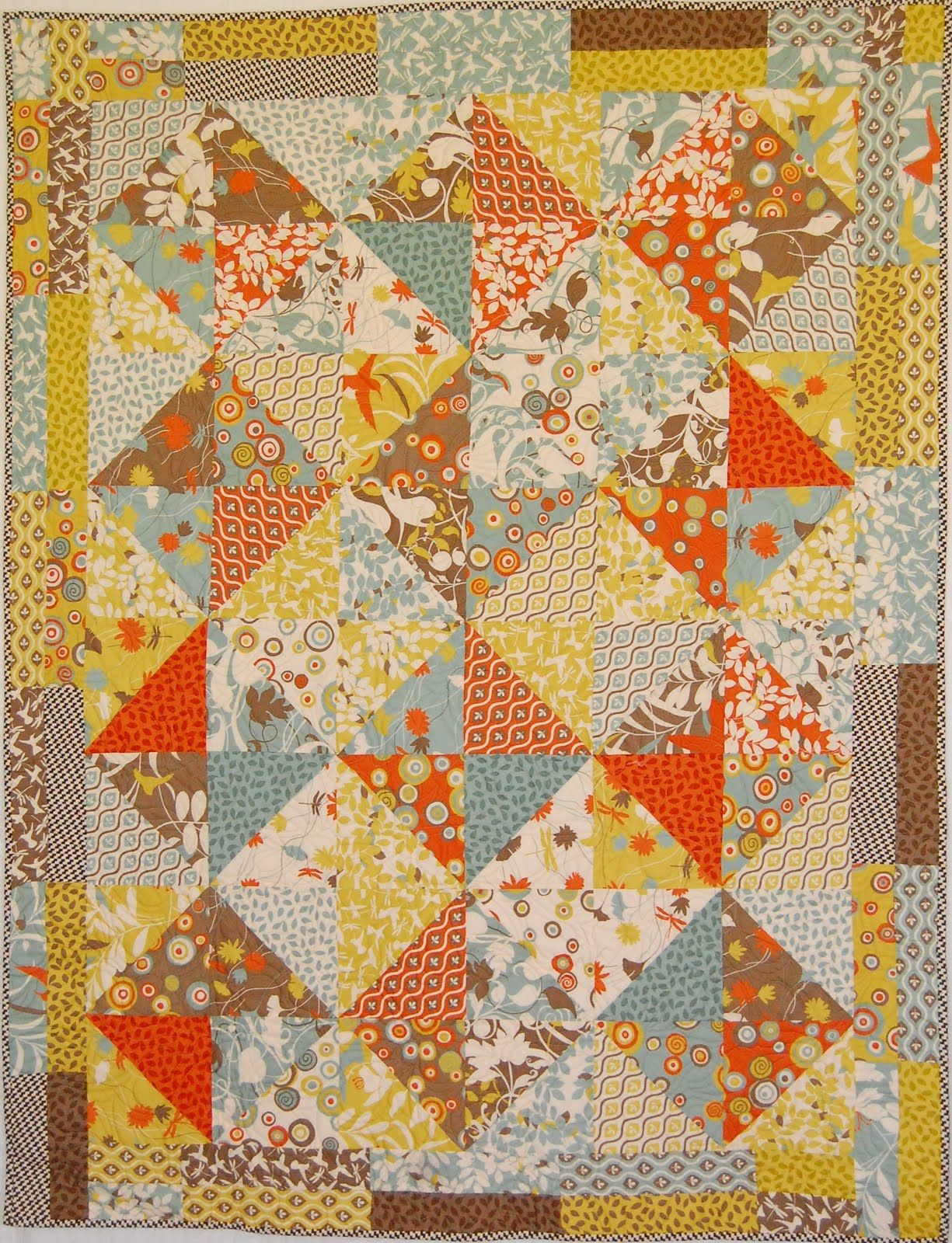 Layer Cake Quilt Pattern Book : Layer cake lap quilt sewing/quilting Pinterest Lap ...