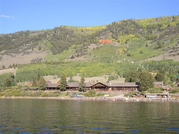 This Is The Best Place To Go In Utah We Used To Have Family Reunions Here Lake Fishing Lake Resort Lake