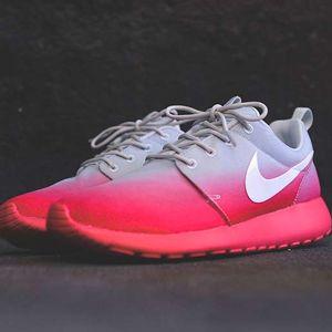 1658792db44f Nike WMNS Roshe Run Print in Base Grey   Geranium