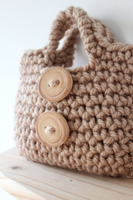 Little Girl\'s Button Purse - PDF crochet pattern | Gehäkelte taschen ...