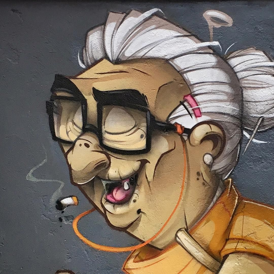 Close Up From Yestwrdays Session Granny Cleaningoutmycloset Pumpel Graffiti Homboog