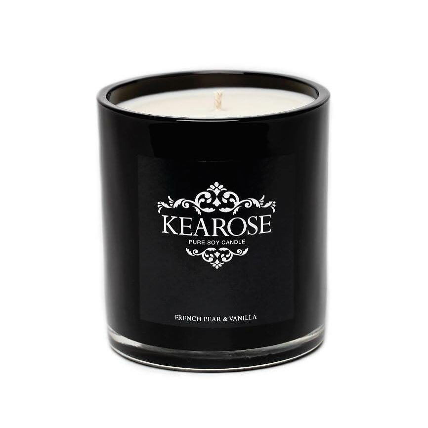 Check out this candle from NZ candle maker Kearose! A beautiful take on the classic French Pear scent this candle has three delicious layers of fragrance; the top smells of french pear the heart smells of cinnamon and spices and the bottom smells of sweet vanilla vanilla bean and cloves. Amazing right?! These candles burn for a whopping 80 hours! Get one here @for_keeps_store #candle #candles #forkeepsstore #kearose #peony #love #gift