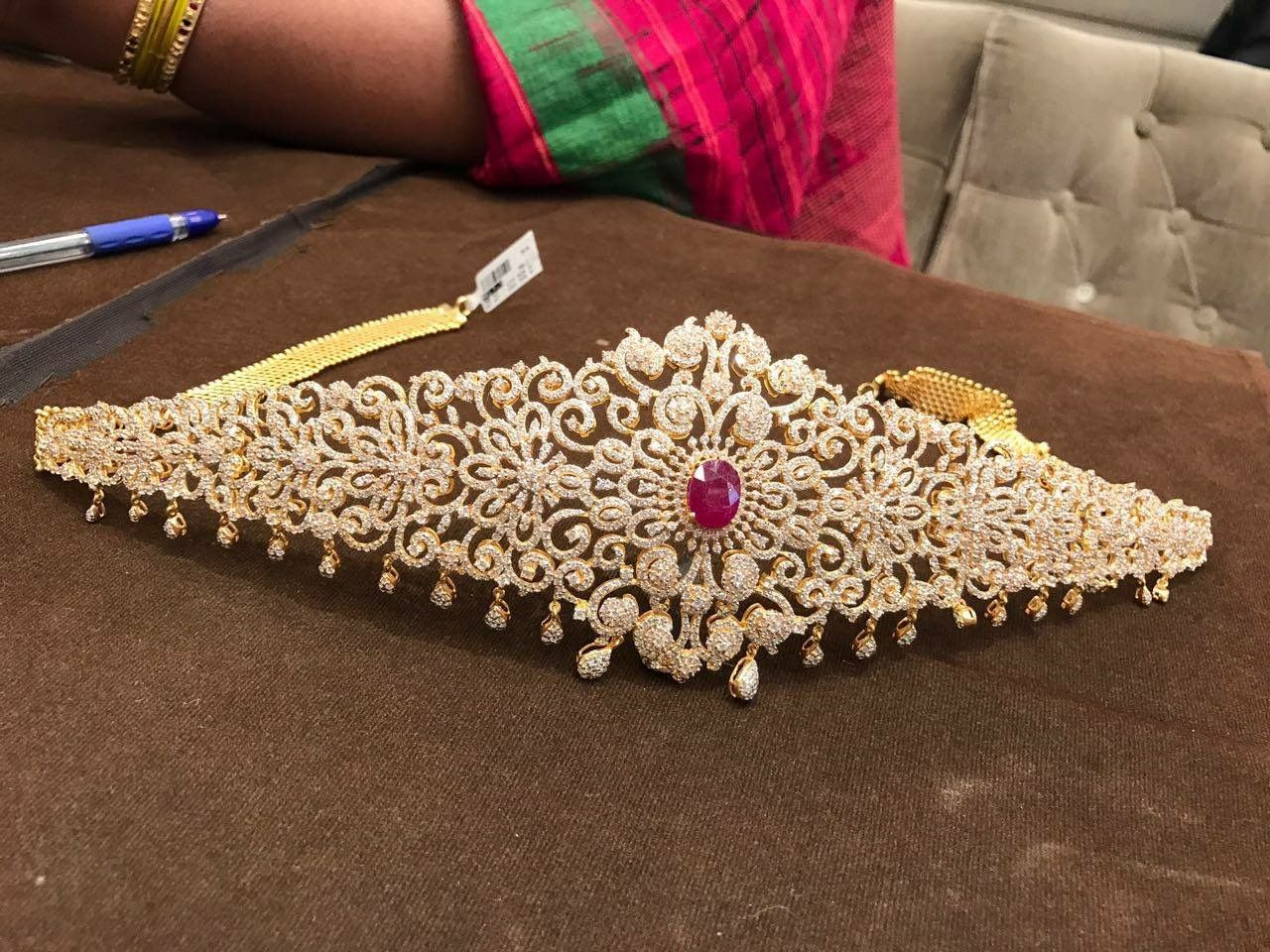 Gold vaddanam oddiyanam kammarpatta waisbelt designs south indian - Dazzling Diamond Waist Belts Photo Vaddanam Pinterest Diamond Latest Jewellery And Antique Jewellery