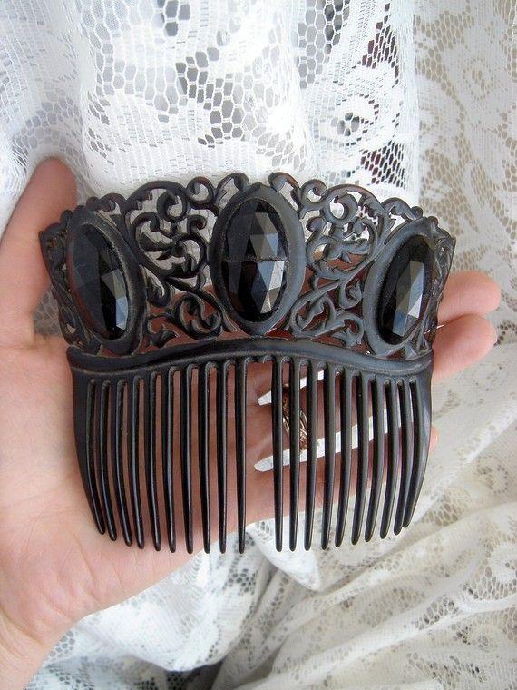 Hair Comb  Im Combing   Black Hair Comb, Vintage -9795