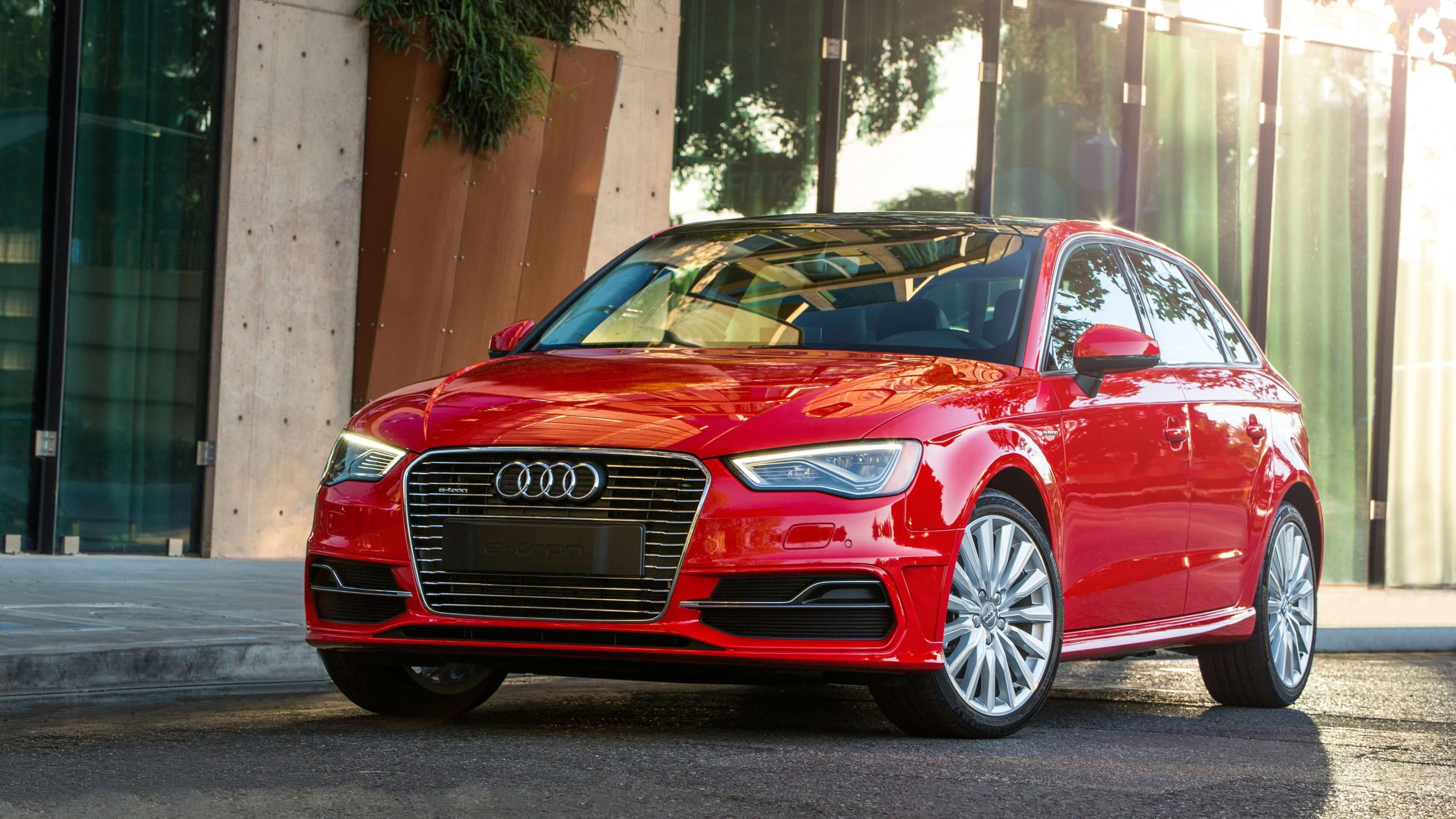 Learn about the 2017 Audi A3 Sportback etron's key