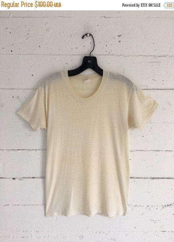 Vintage 50s T Shirt Work Shirt Tee Off White Distressed White Tee Shirt Jumper Work Shirts Shirts White Tee Shirts