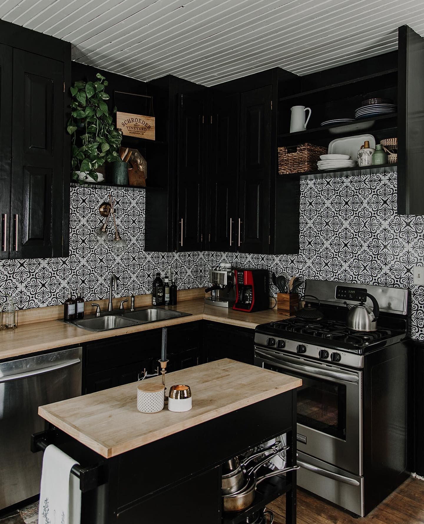 thoughtfullythrifted on instagram in 2020 black kitchen on 91 Comfortable Kitchen Design Tips 2020 id=37792