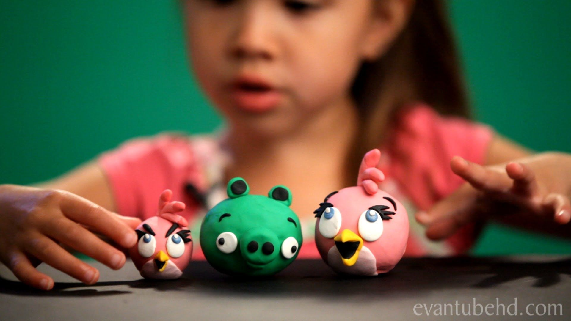 Pink Bird Clay Model From Angry Birds Seasons Back To School Angry Birds Seasons Pink Bird Clay