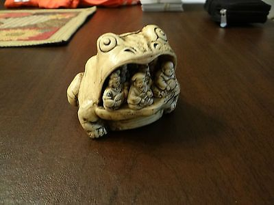 Vintage Frog Netsuke Buddha Monks In Mouth Soapstone
