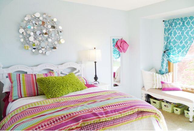 duvet/curtain colors w plain walls. Mirror art