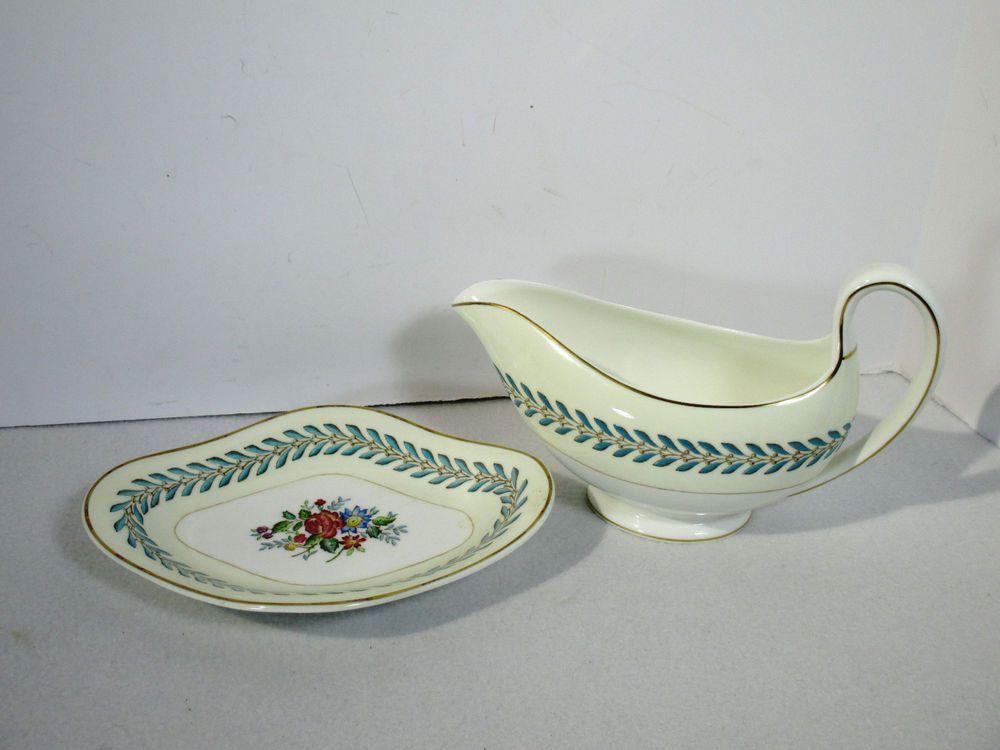 Wedgwood Bone China Woodstock Gravy Boat Under Plate Cream White Blue Laurel & Wedgwood Bone China Woodstock Gravy Boat Under Plate Cream White ...