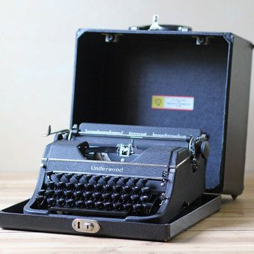 Typewriter With Case     http://fab.com/sale/8880/product/134231