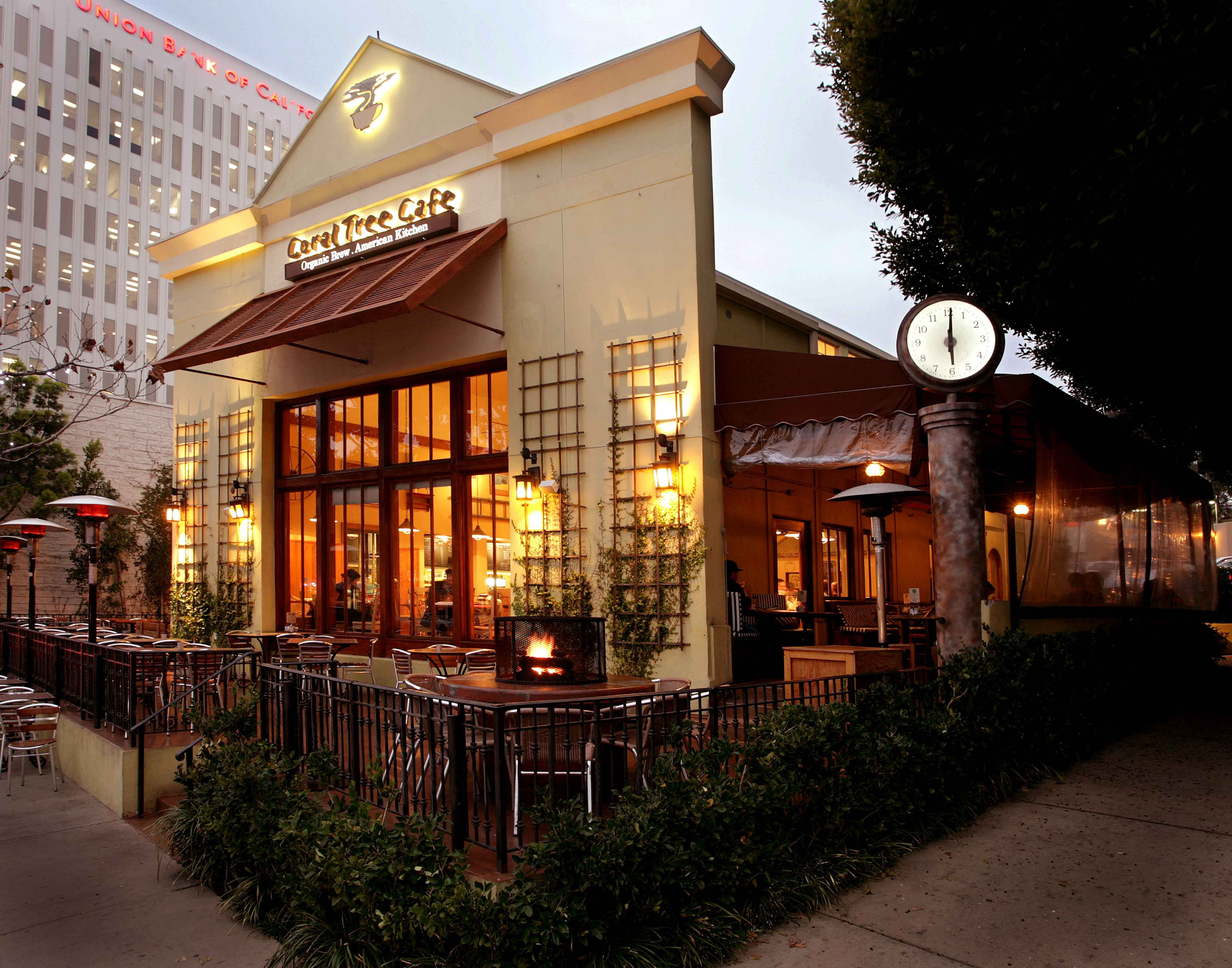 Coral Tree Cafe A Los Angeles Cafe And Restaurant Offering Californian Cuisine For Brunch Lunch And Dinner Catering Los Angeles Los Angeles Restaurants Cafe