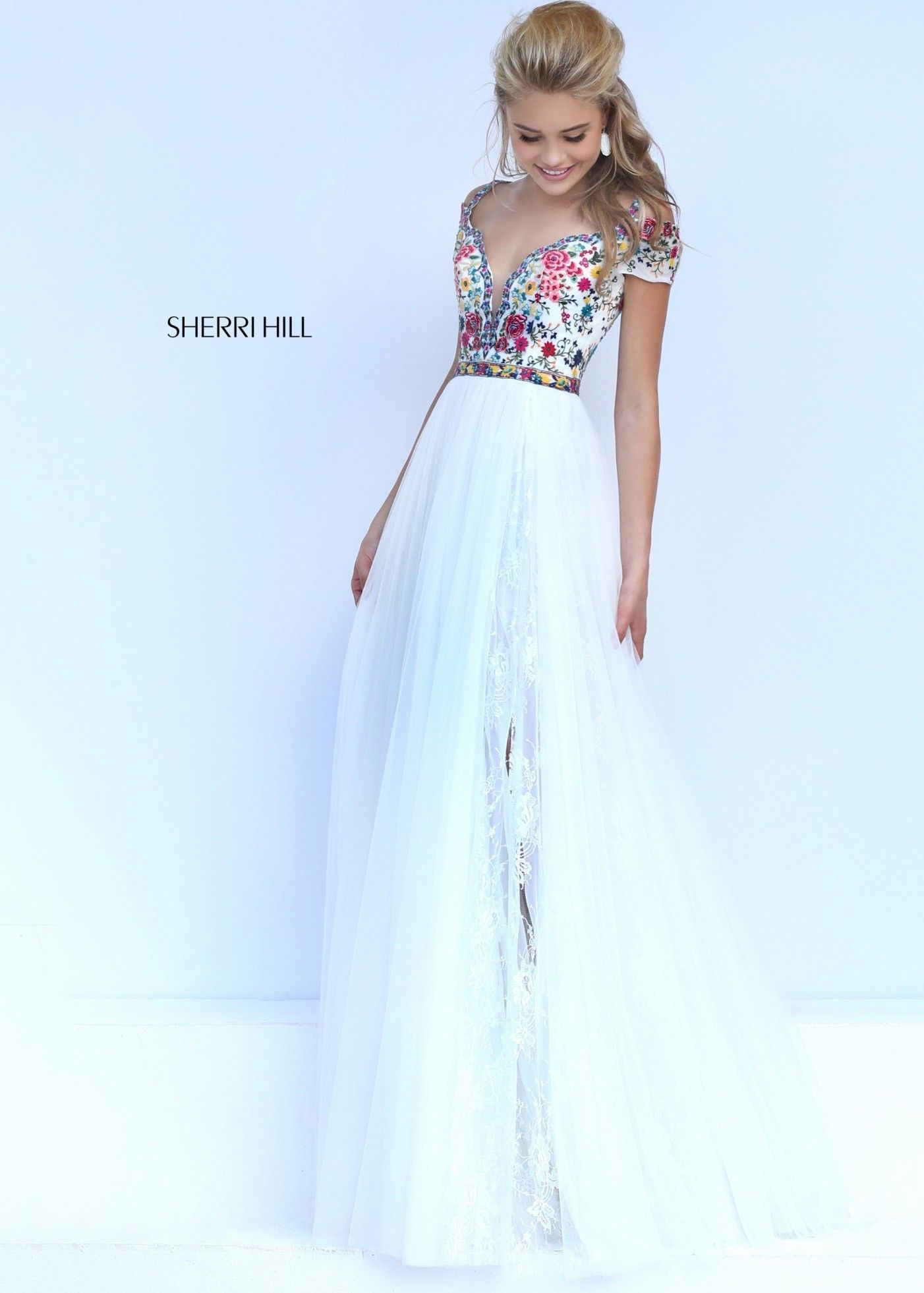 Sherri hill ivorymulti lovely lace embroidered gown spring