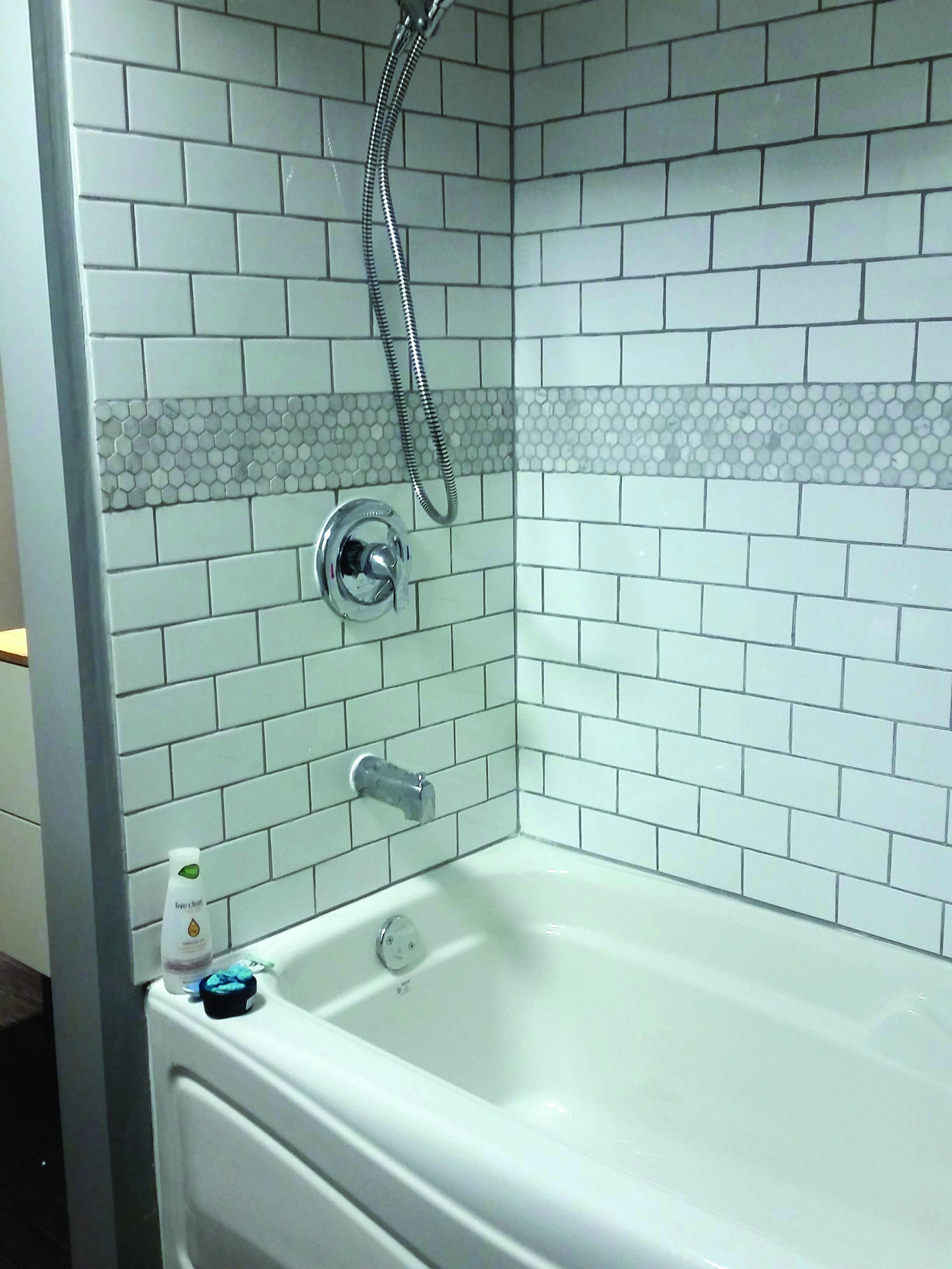 10 Ideas For Bathtub Surrounds Bathtub Tile Shower Alcove