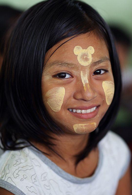 Beautiful girl with Thanaka in a primary school in Yangon, Myanmar (Burma) by Dietmar Temps