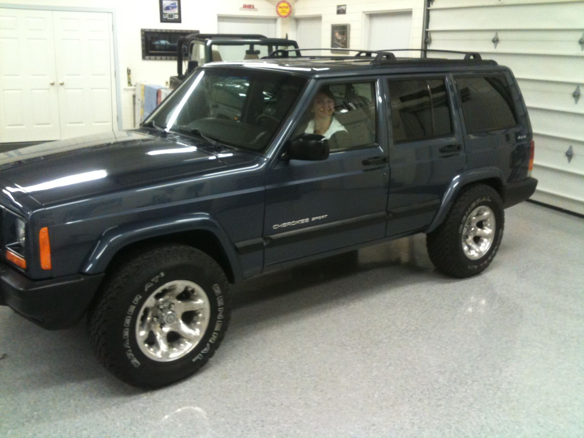 2001 jeep cherokee xj the color i 39 ve always wanted. Black Bedroom Furniture Sets. Home Design Ideas