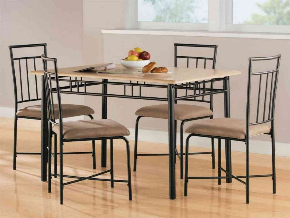 Five Things That You Never Expect On Dining Room Tables Walmart