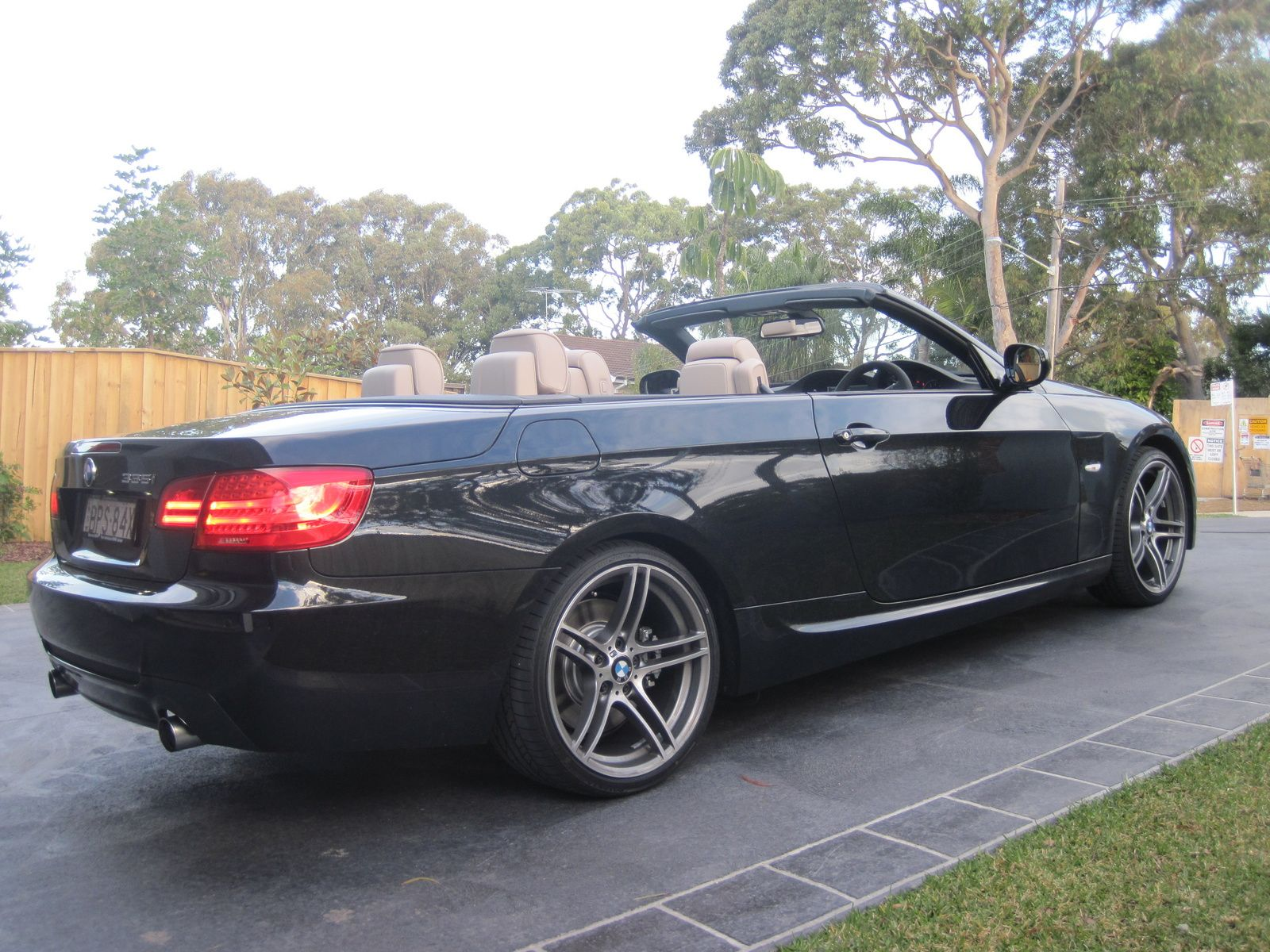 2010 BMW 3 Series 335i Convertible BMW Pinterest