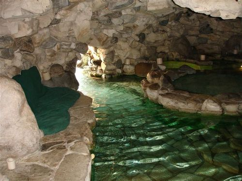Yes this is the grotto from the playboy play house and i - Playboy swimming pool ...