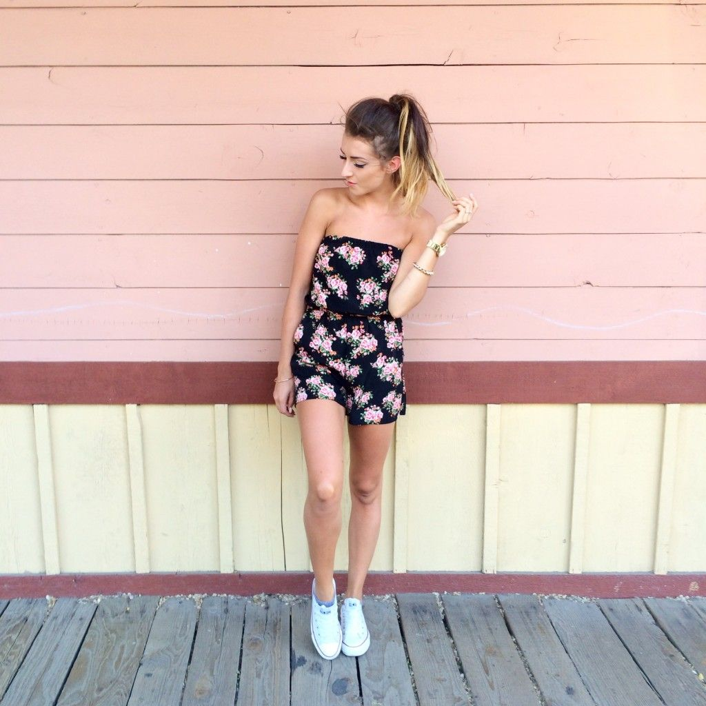 summer style / outfit ideas / floral romper / converse / via