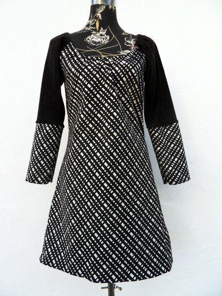 Langarmkleid Stiefelkleid karo schwarz weiß von Zellmann ...