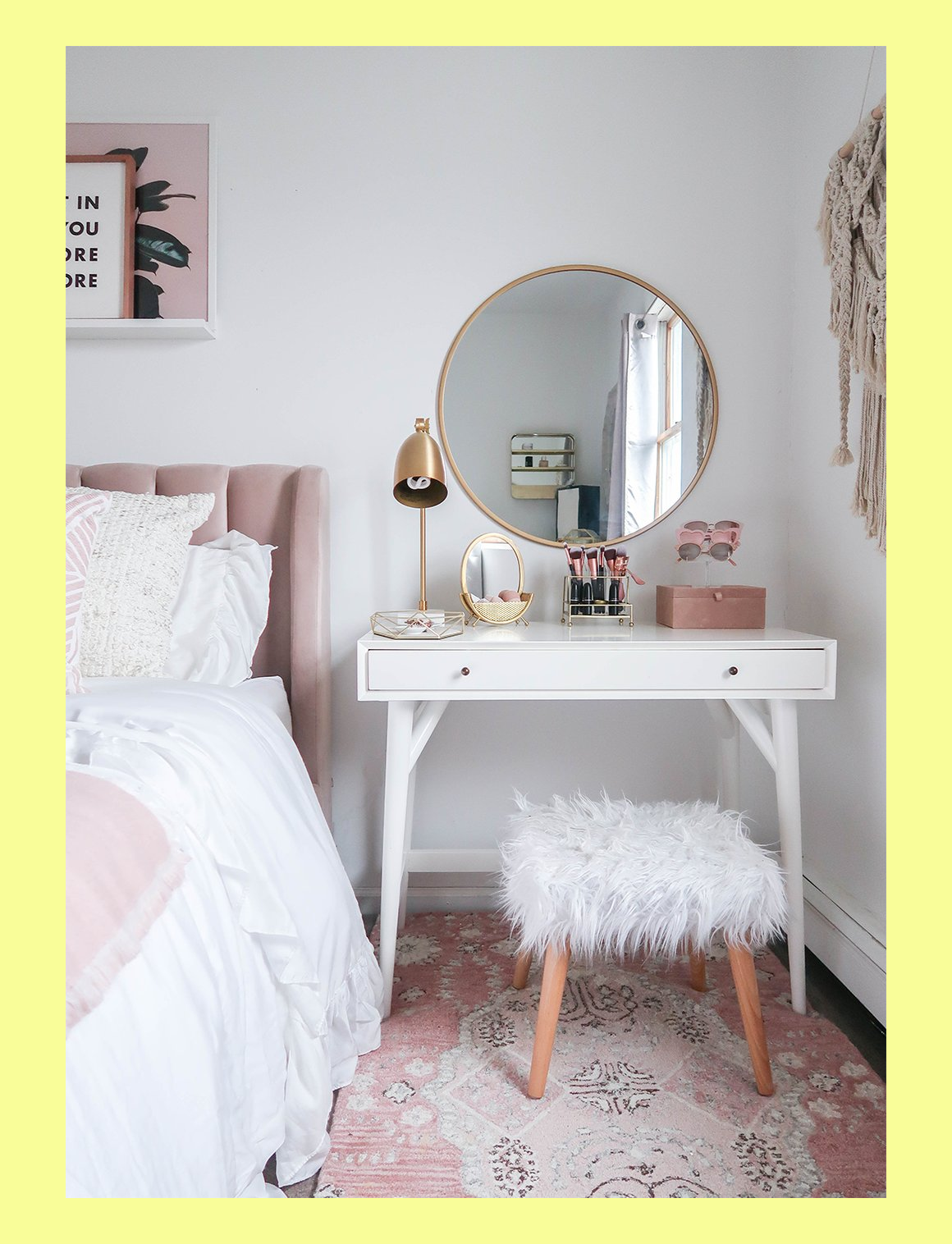 Photo of Styling A Vanity In A Small Space #makeuporganization