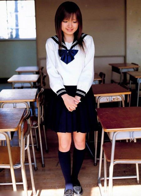 school uniform hamper original thinking in Girls school uniforms are outdated, sexist and  why do we still make girls wear skirts and dresses as school uniform  just some forward thinking and getting.