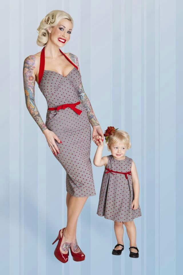 c5bbdc812b939 Mother daughter matching 50's style outfits | Mother and daughter ...