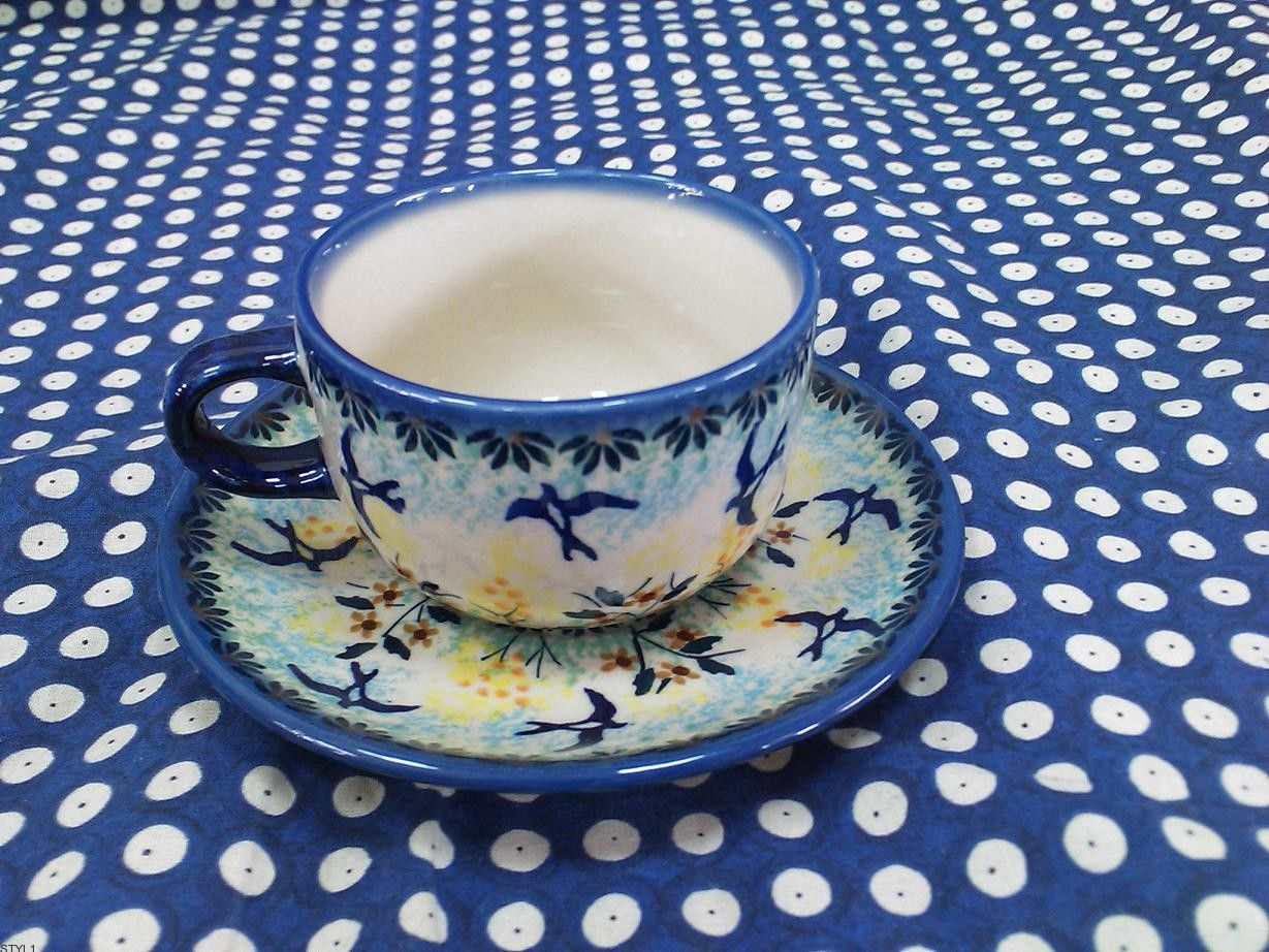The Company Zaklady Ceramiczne Boleslawiec Sp Z O O Is One Of The Largest Manufacturers Of Hand Crafted And Hand Decorated Tableware Pottery Us Ceramic Pots