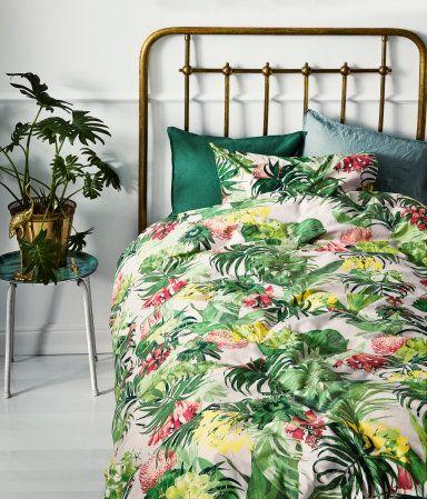 Bettwäsche Aus Feinfädiger Baumwolle Mit Blumendruck Der Bettbezug