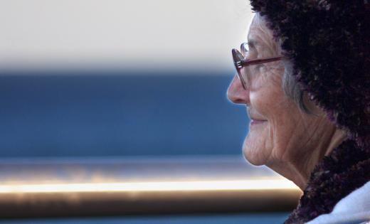 Promover el aprendizaje de personas con alzhéimer