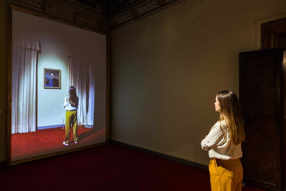 Rashid Rana I do not always feel immaterial, 2015 (serie Transpositions, 2013-15) video installazione interattiva ©Mark Blower