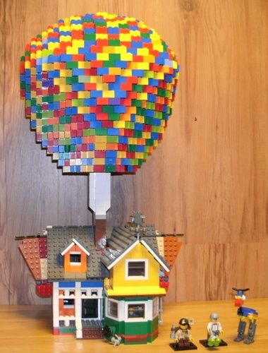 Carl Fredricksen's house (UP): A LEGO® creation by Alan C : MOCpages.com