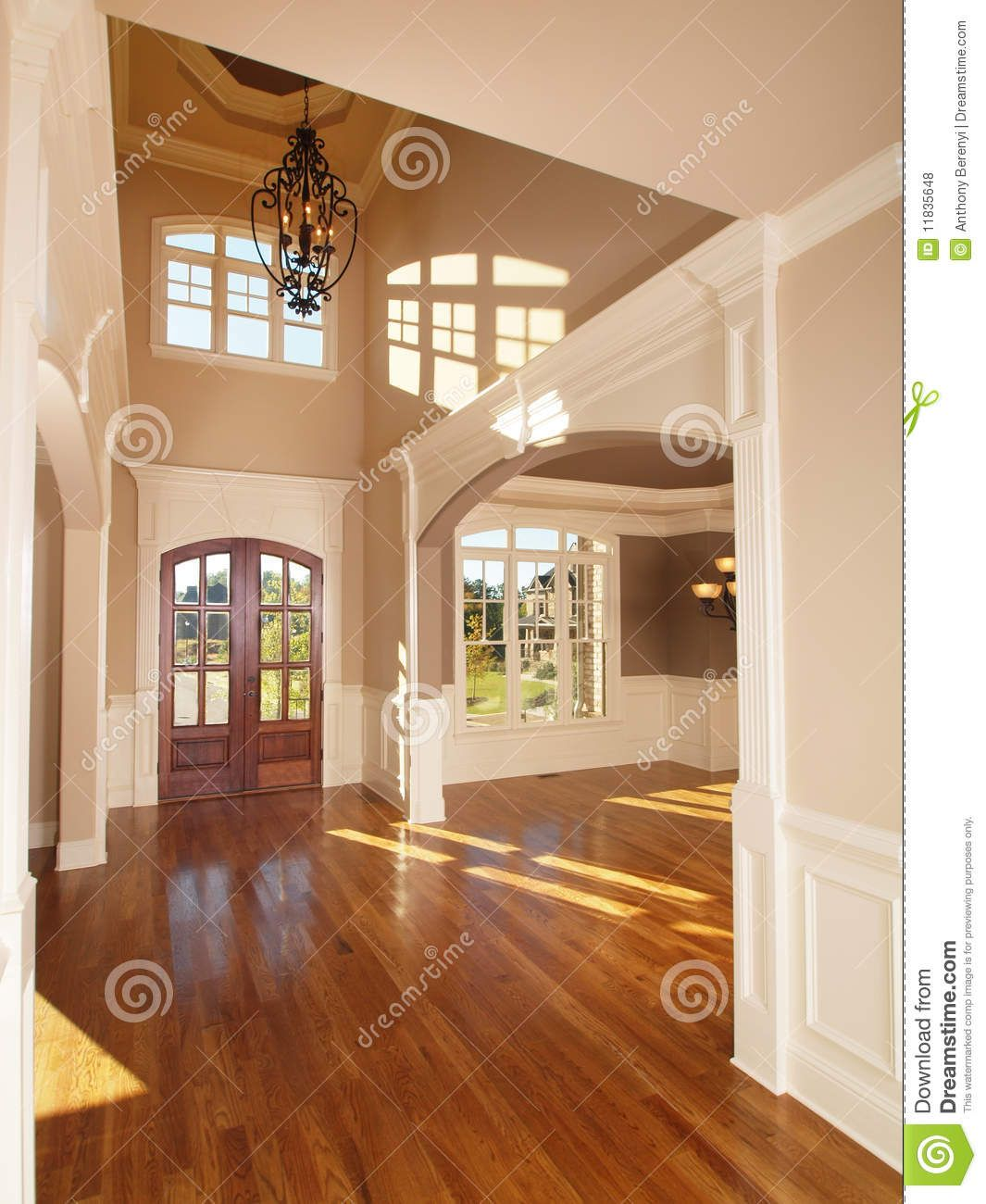 Model Luxury Home Interiors: Model Luxury Home Interior Front Entrance Archway