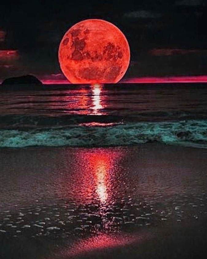 red moon instagram - photo #23