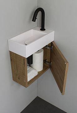 Klein Kastje Badkamer.Gaat Alleen Om Het Praktische Van Zo N Kastje Onder Fontijn