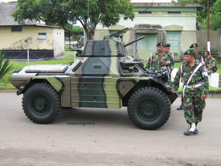 Pin Di Armored Cars
