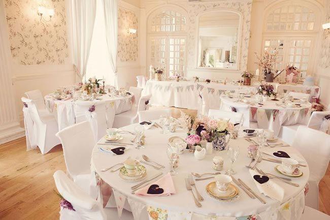 Get Shabby Chic Wedding Ideas Aplenty With Hannah And Jeff S