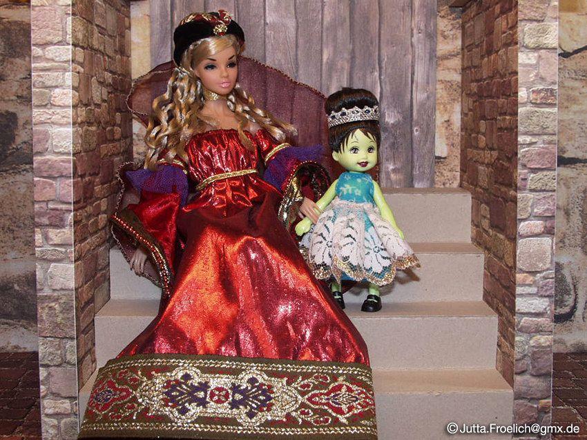 Princess_Sooki (alegras dolls) Tags: fairytale princess sooki fashiondoll fashionroyalty 16scale dynamitegirl