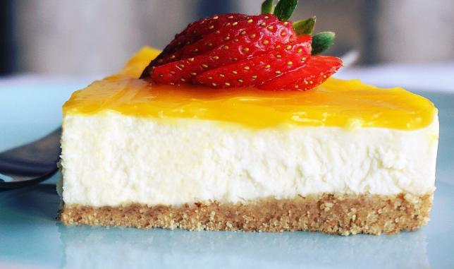طريقة تحضير تشيز كيك باسهل المكونات معجنات سلمى تشيز كيك من الحلويات اليونانية Cheesecake Food Desserts