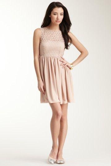 4e0311f065349 American Apparel Sleeveless Lace Chiffon Dress