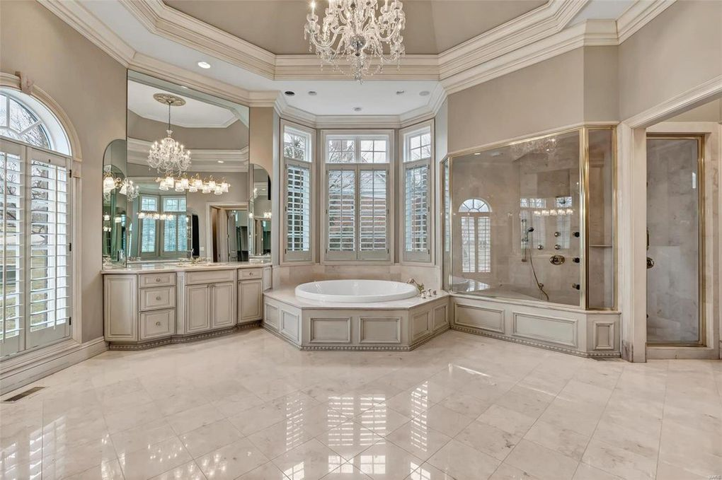 1103 Highland Pointe Dr Saint Louis Mo 63131 Dream Bathrooms