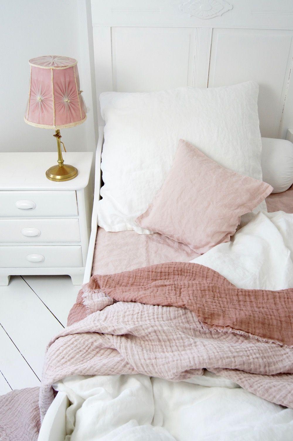 Shabby Schlafzimmer in Rosa & Weiß | Shabby-Schlafzimmer ...