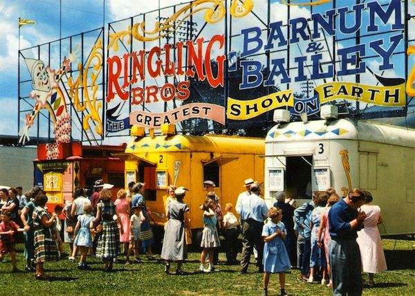 Vintage shots from circuses circa the 40s and 50s - The Circus Book: 1870-1950