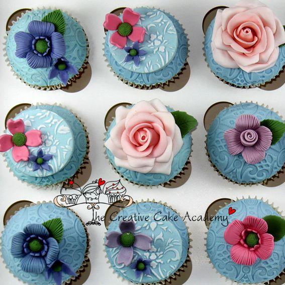 Beautifully decorated cupcakes from u0027The Creative Cake Academyu0027