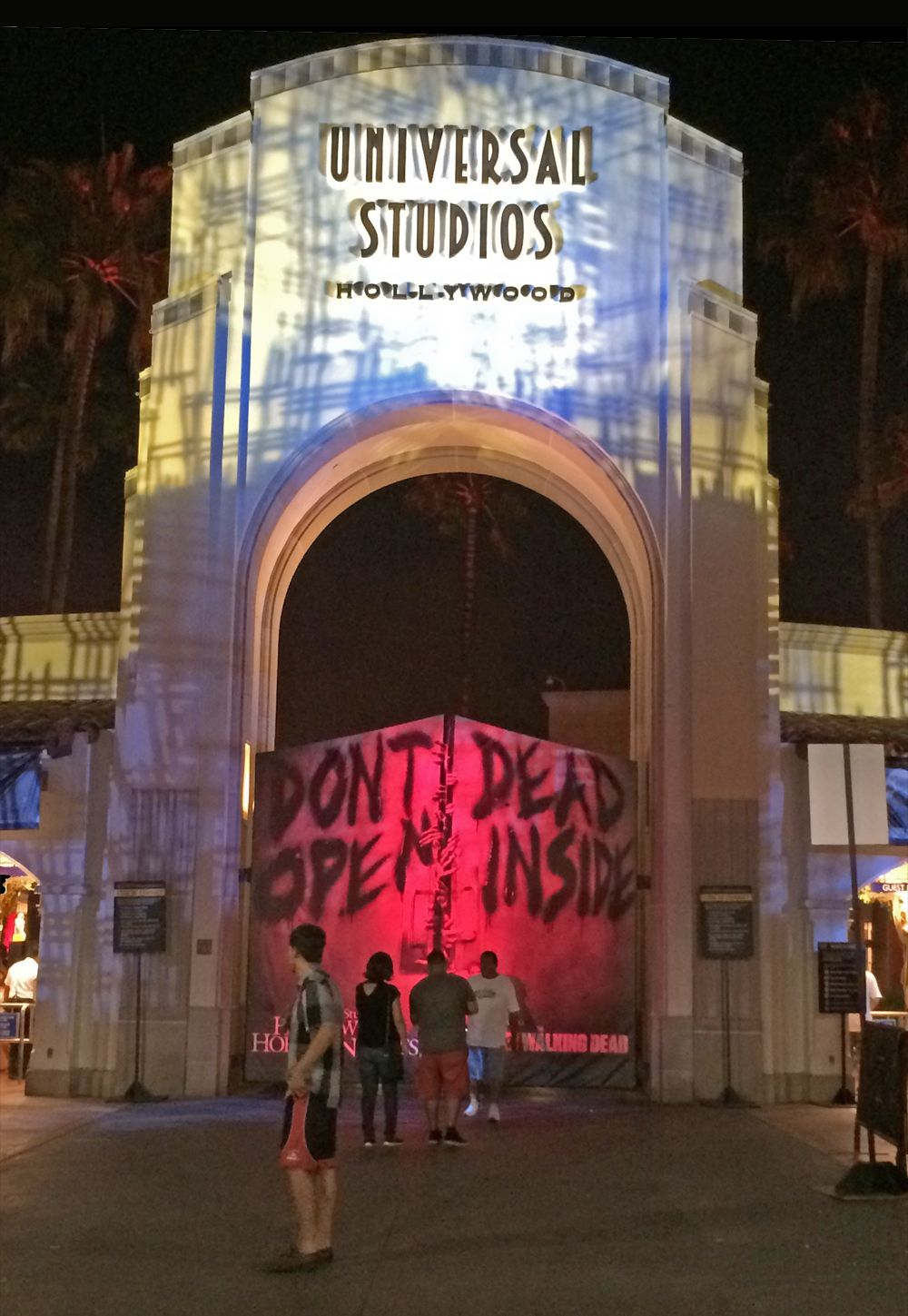 our halloween horror nights hollywood survival guide what you need to know before you experience this years event
