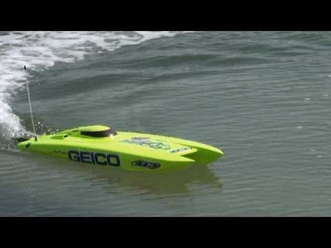 RC Electric Speed boat - Miss Geico from ProBoat | Tech