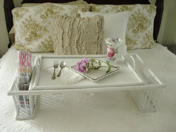 Vintage Shaby Chic Cottage Wicker Rattan Bed Breakfast Tray Shaby Chic Rattan Bed Breakfast Tray